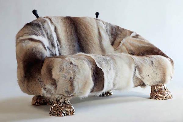Reindeer-Beast-Couch