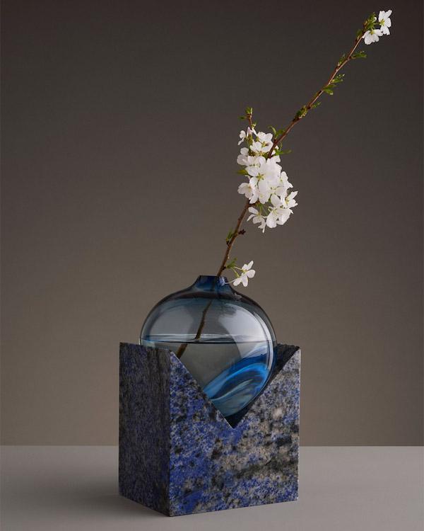 indefinite vases7